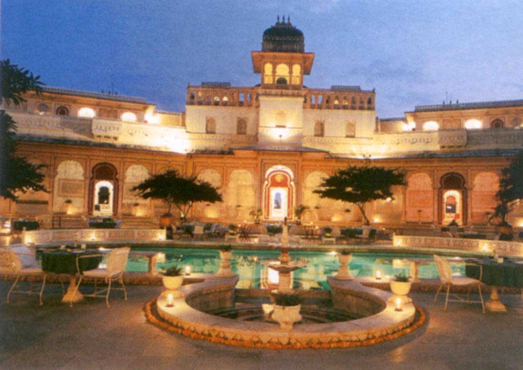 Shiv nivas palace hotel udaipur 1st class heritage for Hotel palace